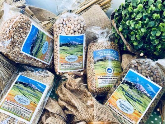 Confezione regalo con 5 legumi e cereali